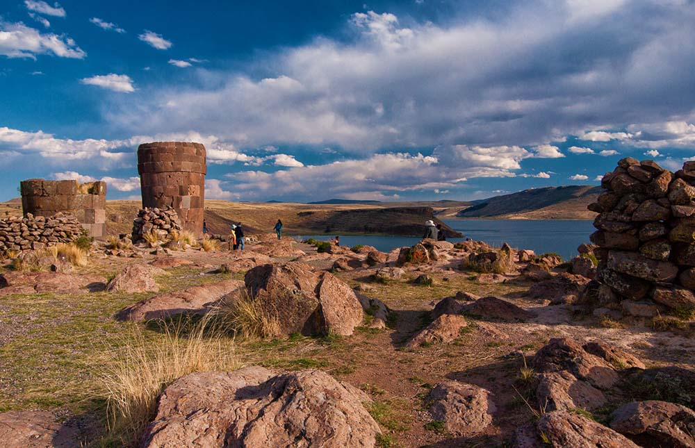 Lake Umayo's Sillustani - LAS ADVENTURE
